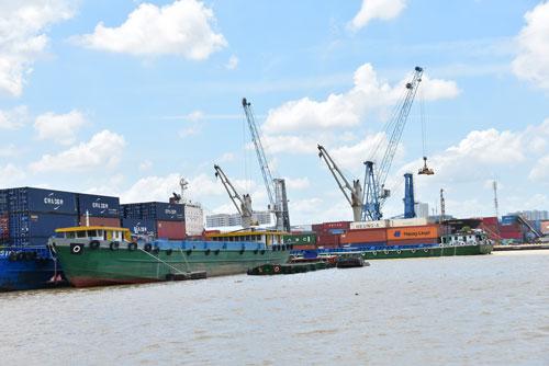 LẮNG NGHE NGƯỜI DÂN HIẾN KẾ: Xây dựng trung tâm logistics khu vực và quốc tế - Ảnh 1.