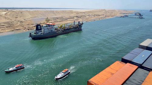 Dậy sóng từ kênh đào Suez - Ảnh 1.