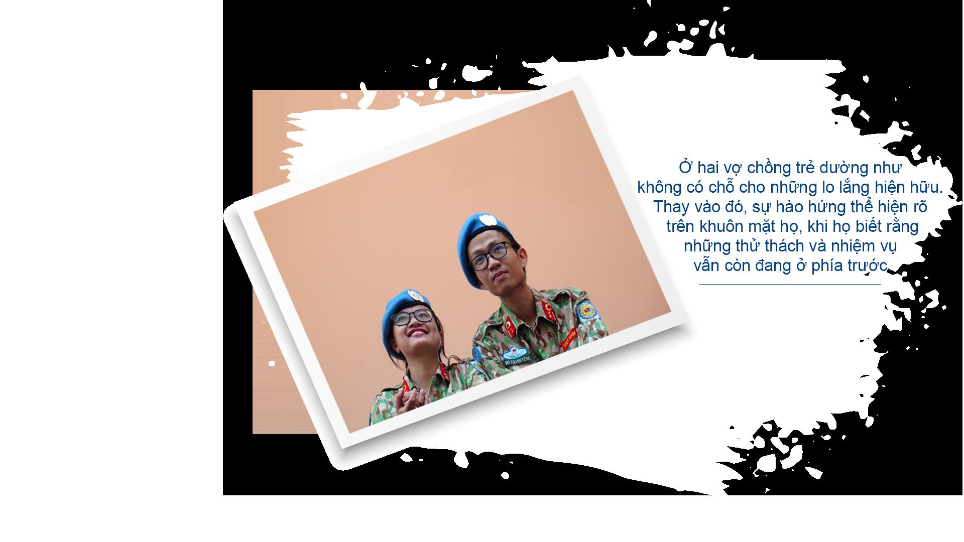 Gác chuyện riêng, vợ chồng mũ nồi xanh lên đường gìn giữ hòa bình - Ảnh 12.