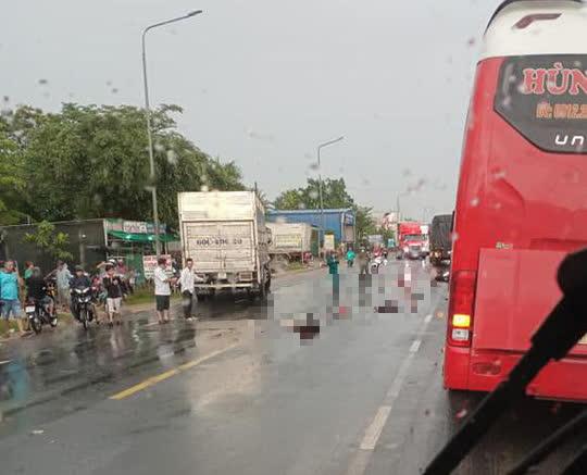 Xe tải vượt ẩu tông chết 3 người ở Đồng Nai: Tạm giữ tài xế - Ảnh 2.