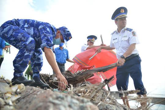 Cảnh sát biển tổ chức nhiều hoạt động ở Tiền Giang - Ảnh 9.