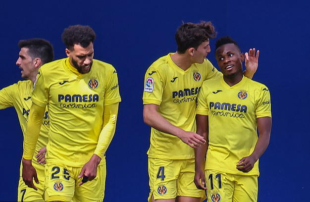 Antoine Griezmann chói sáng, Barcelona sắp chạm tay đến ngôi vô địch La Liga - Ảnh 2.