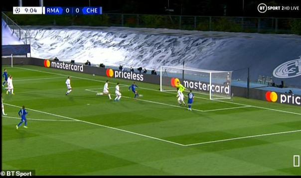 Real Madrid thoát hiểm trước Chelsea, HLV Zidane hoan hỉ - Ảnh 3.