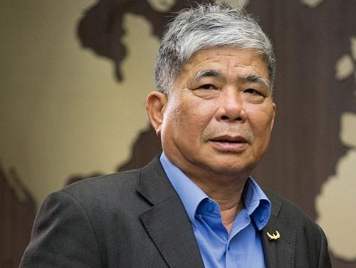 Ông Lê Thanh Thản lừa đối khách hàng, thu lời bất chính 481 tỉ đồng - Ảnh 1.