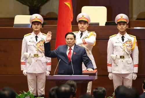 Tân Thủ tướng Phạm Minh Chính: 5 nhiệm vụ trọng tâm - Ảnh 1.