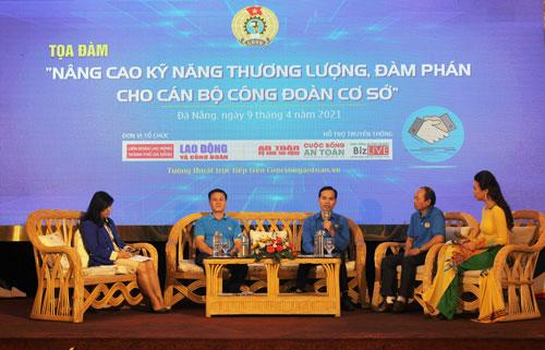 Đà Nẵng: Cán bộ Công đoàn chia sẻ kinh nghiệm thương lượng, đàm phán - Ảnh 1.