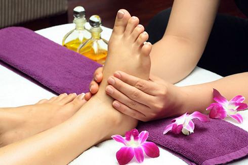Cách massage chân hiệu quả - Ảnh 1.