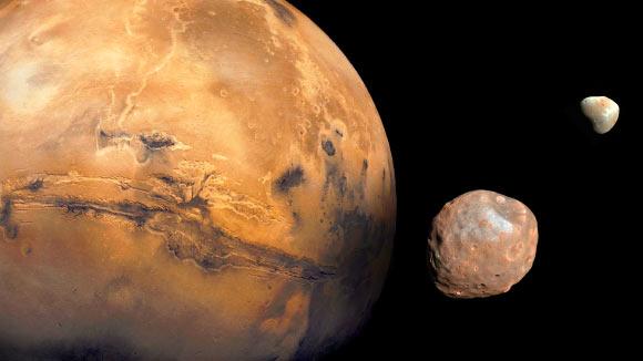 Va chạm thiên thể, một mặt trăng gần chúng ta vỡ nát - Ảnh 1.