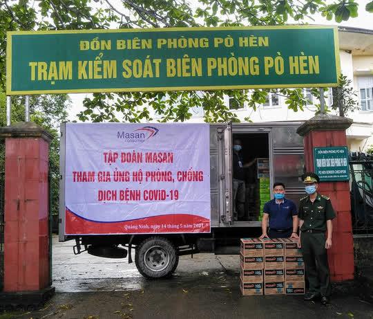 Masan Consumer tặng hàng ngàn sản phẩm thiết yếu đến các tuyến đầu chống dịch - Ảnh 2.