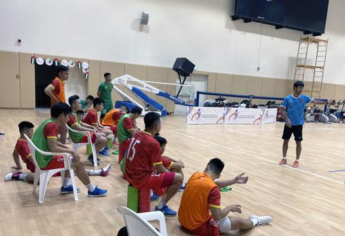 Tuyển futsal Việt Nam tự tin trước Lebanon - Ảnh 1.