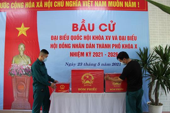 Đường phố rực cờ hoa, hơn 1,1 triệu cử tri Quảng Nam sẵn sàng đi bầu cử - Ảnh 25.