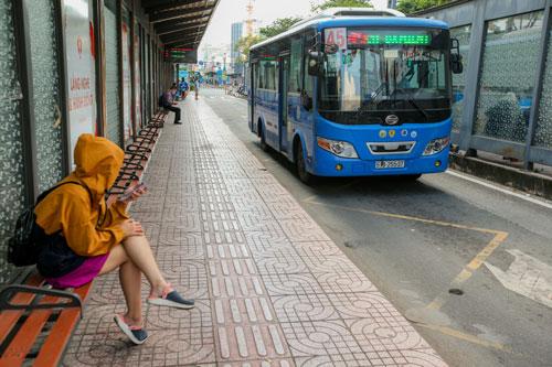 LẮNG NGHE NGƯỜI DÂN HIẾN KẾ: Để dân ta không ngại đi xe buýt... - Ảnh 1.