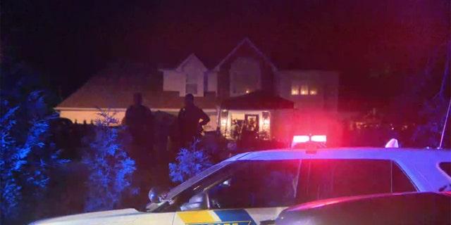 Mỹ: Xả súng tại tiệc gia đình có hàng trăm người tham dự - Ảnh 1.