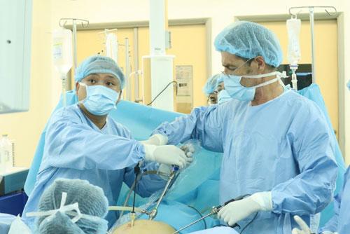Phục hồi sa tạng chậu bằng kỹ thuật mới - Ảnh 1.