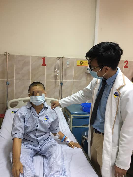 Thường xuyên đau đầu, đi khám phát hiện khối u chèn ép não - Ảnh 2.