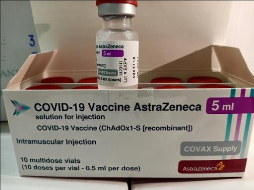 Bộ Y tế khuyến khích các tập đoàn, doanh nghiệp nhập khẩu vắc-xin Covid-19 - Ảnh 1.