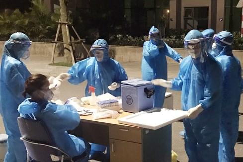 Hà Tĩnh phát hiện thêm 7 ca dương tính SARS- CoV-2 - Ảnh 1.