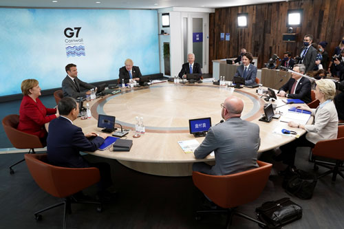 G7 xoáy vào hạ tầng, y tế - Ảnh 1.