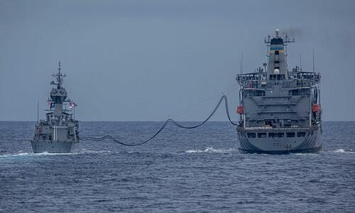 Trung Quốc tố Mỹ - Úc khoe cơ bắp trên biển Đông - Ảnh 2.