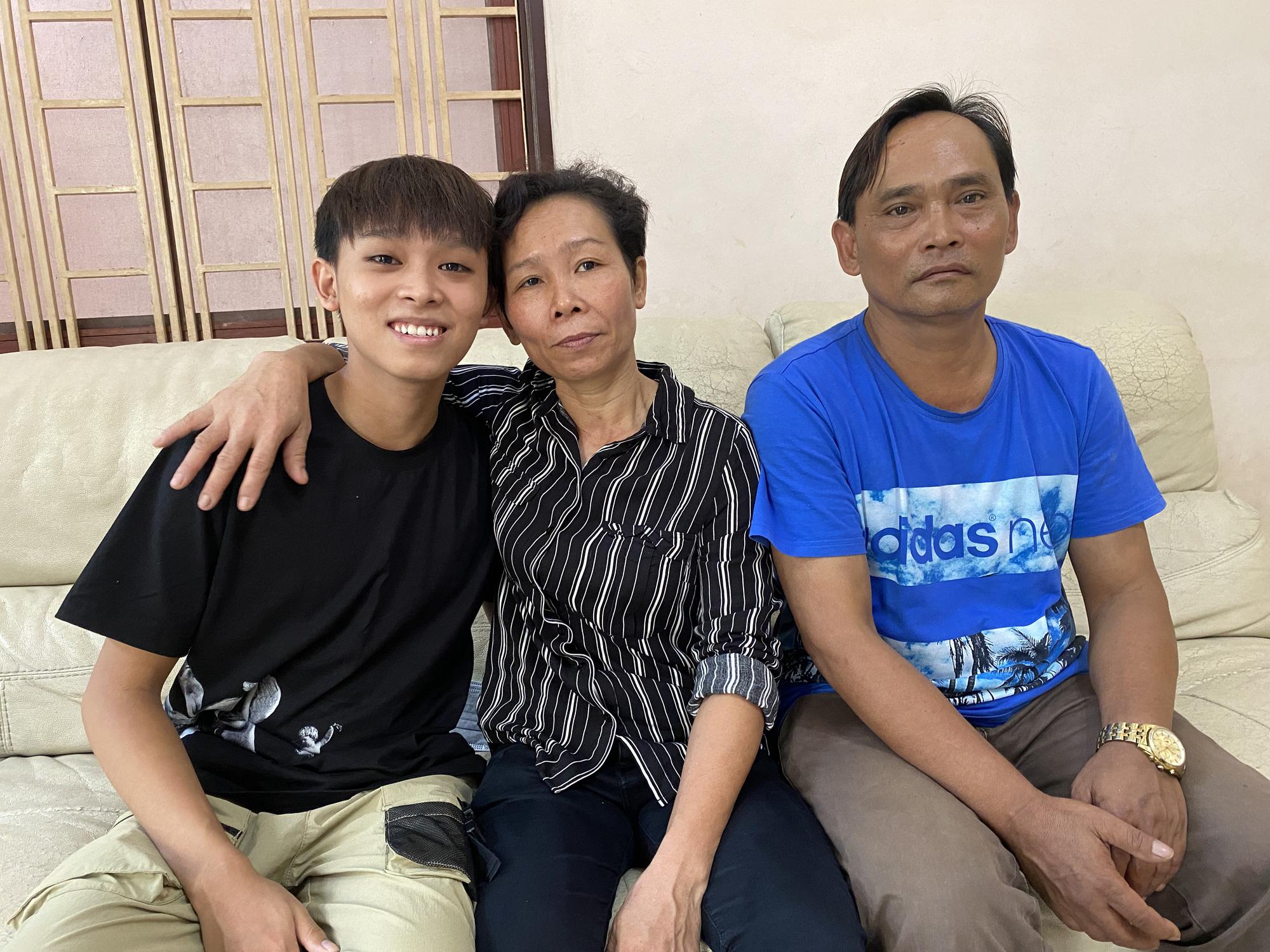 Hồ Văn Cường: Gia đình tôi vẫn êm thấm, mọi người đừng suy diễn nữa! - Báo Người lao động
