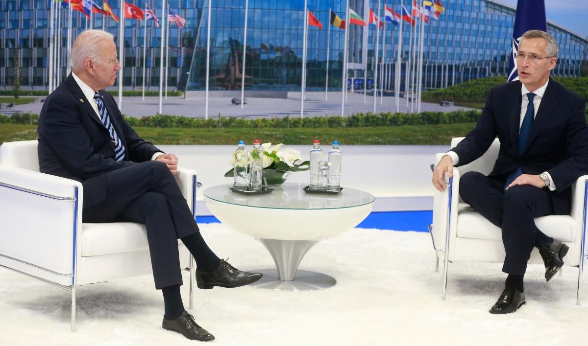 NATO kêu gọi cứng rắn và đề phòng Trung Quốc - Ảnh 2.