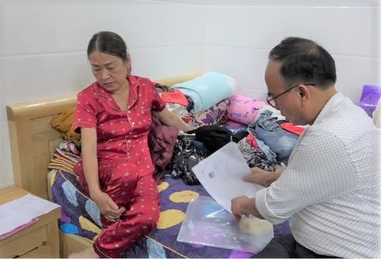 Hai quý bà cầm đầu đường dây cho vay nặng lãi hàng tỉ đồng ở Quảng Bình - Ảnh 1.