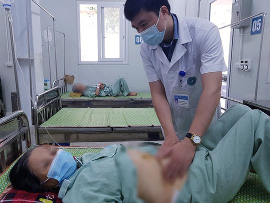 Nữ bệnh nhân bị hoại tử ruột khi đang dùng thuốc chống đông - Ảnh 1.