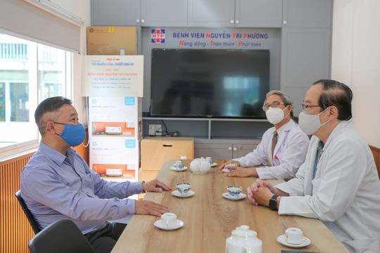 Giám đốc Bệnh viện Nguyễn Tri Phương: Cảm ơn sự hỗ trợ thiết thực của Báo Người Lao Động! - Ảnh 4.