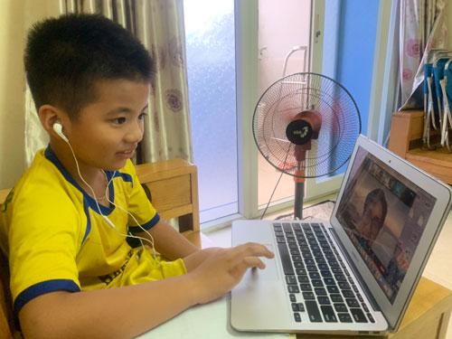 Trẻ nên học tiếng Anh online từ độ tuổi nào? - Ảnh 1.