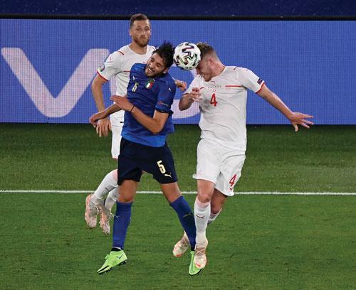 Chung kết ngược Thụy Sĩ - Thổ Nhĩ Kỳ - Ảnh 1.