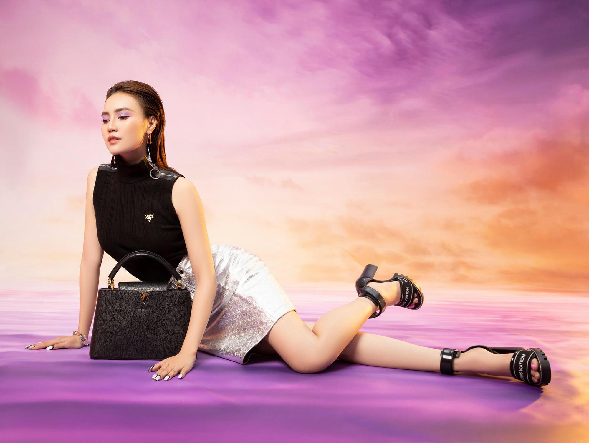Diễm My 9X, Ngô Thanh Vân, Việt Trinh… tung loạt ảnh thời trang sang trọng - Ảnh 12.