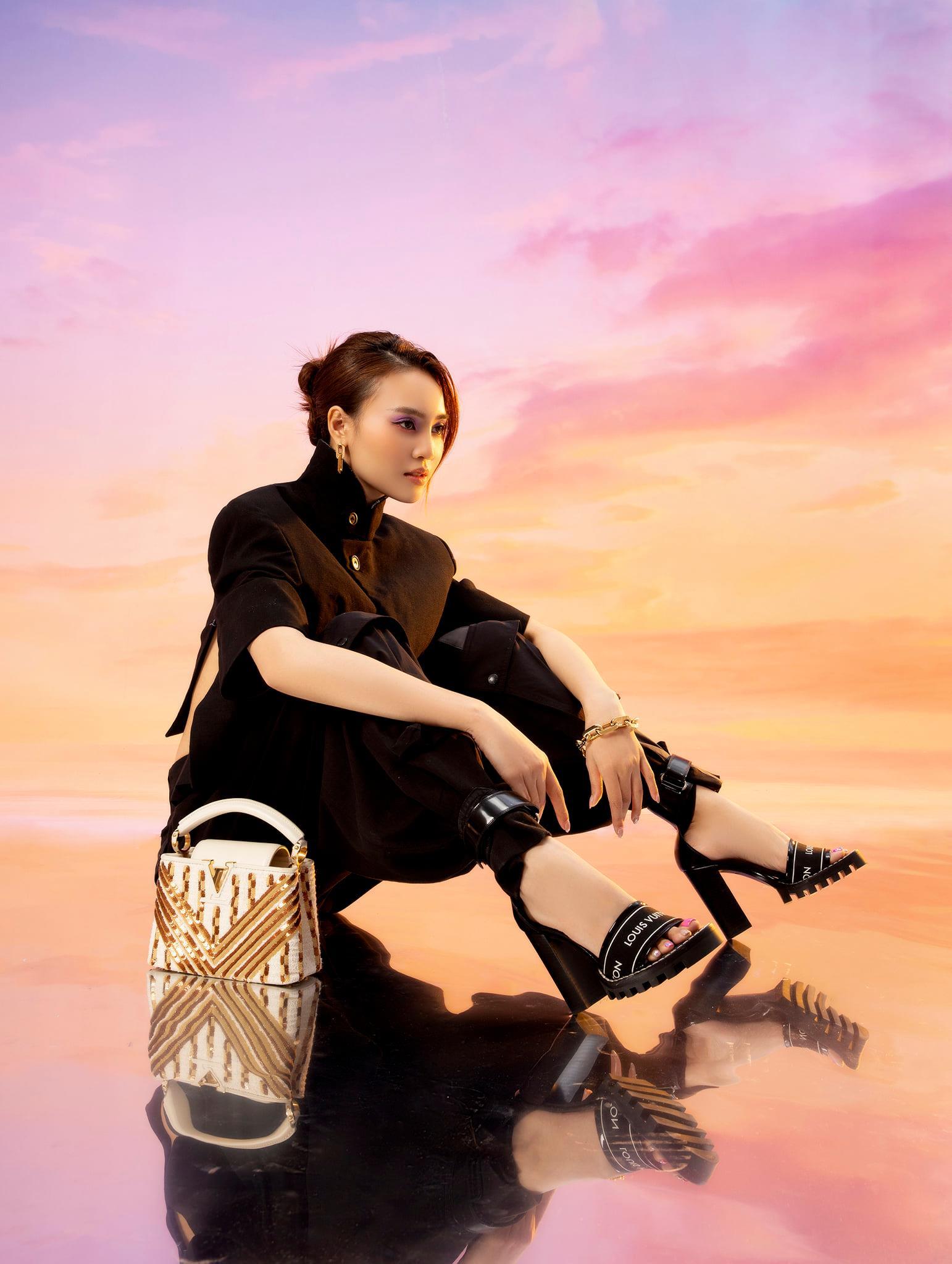 Diễm My 9X, Ngô Thanh Vân, Việt Trinh… tung loạt ảnh thời trang sang trọng - Ảnh 8.