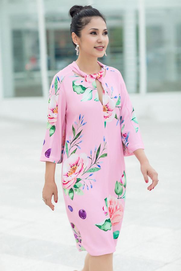 Diễm My 9X, Ngô Thanh Vân, Việt Trinh… tung loạt ảnh thời trang sang trọng - Ảnh 16.
