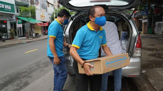 """Chương trình """"Thực phẩm miễn phí cùng cả nước chống dịch"""" tiếp tục đồng hành cùng chính quyền, nhân dân TP HCM - Ảnh 2."""