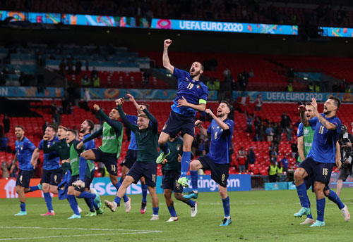 Điểm tựa sức mạnh của tuyển Ý - Ảnh 1.