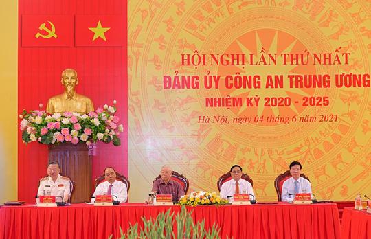 Tổng Bí thư, Chủ tịch nước và Thủ tướng tham gia Đảng ủy Công an Trung ương - Ảnh 1.