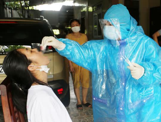 Kết quả xét nghiệm 179 F1 và trên 2.000 F2  liên quan đến 7 ca bệnh Covid-19 ở Hà Tĩnh - Ảnh 1.
