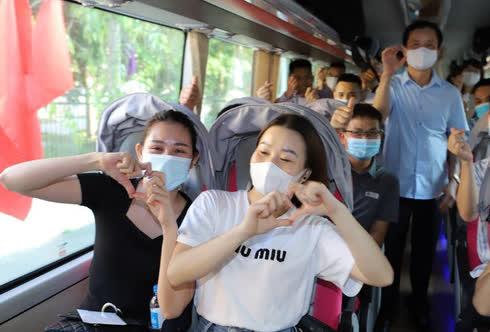 59 y, bác sĩ Thanh Hóa lên đường hỗ trợ TP HCM chống dịch Covid-19 - Ảnh 4.