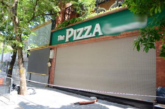 Cận cảnh phong toả quán Pizza có ca F0 phức tạp là đầu bếp kiêm shipper - Ảnh 5.