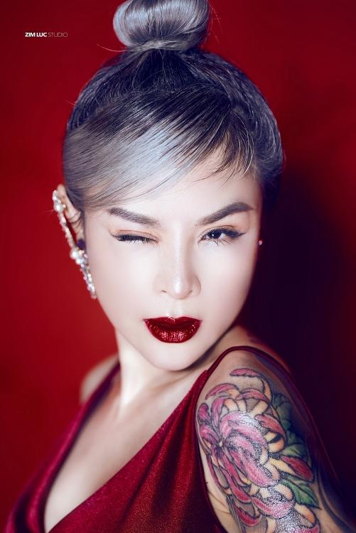 Hoa hậu hình xăm Vi Thúy khát vọng lập nghiệp tại quê hương - Ảnh 2.