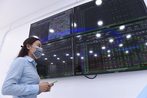 Hệ thống mới xử lý nghẽn lệnh tại HOSE sẽ vận hành từ 5-7 - Ảnh 1.