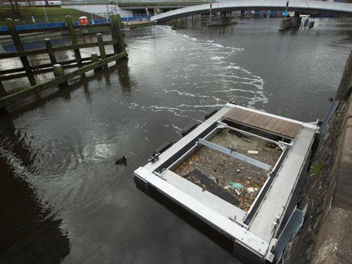 Nhiều giải pháp giảm rác trên sông, biển - Ảnh 1.