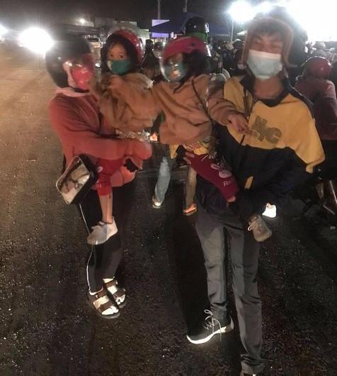 Đắk Lắk thay đổi cách đưa người dân từ TP HCM về quê - Ảnh 3.