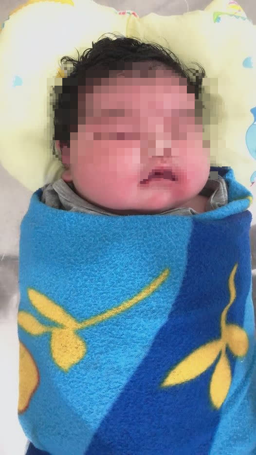 Hà Tĩnh: Bé gái chào đời nặng đến 6,2 kg - Ảnh 1.