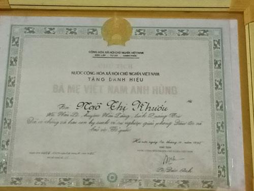 Danh hiệu Mẹ Việt Nam anh hùng Nhà nước tặng cho bà Ngô Thị Khướu