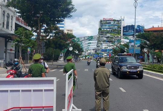 Đà Nẵng: Bị phạt từ 5 đến 10 triệu đồng nếu ra đường không có lý do chính đáng - Ảnh 11.