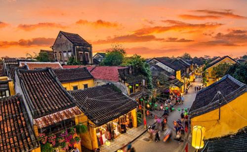 Triển lãm Việt Nam qua ống kính nhiếp ảnh gia quốc tế - Ảnh 1.