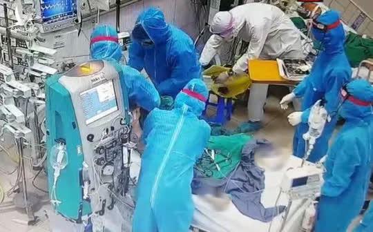 Công đoàn Y tế đề nghị phong liệt sĩ đối với cán bộ y tế tử vong khi chống dịch Covid-19 - Ảnh 1.