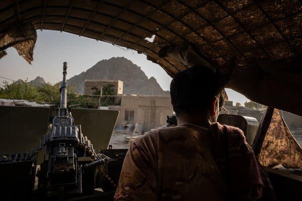 Vì sao các lực lượng Afghanistan sụp đổ quá nhanh trước Taliban? - Ảnh 1.