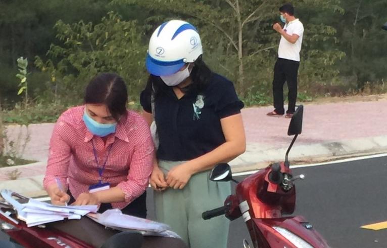 Nữ cán bộ Sở TN-MT bảo gặp Trưởng Ban Kinh tế – Ngân sách HĐND Phú Yên để… mượn tiền!